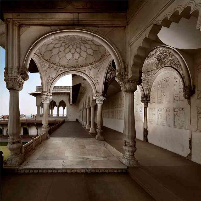 Machhi Bhavan: To the west of the Diwan-i-Khaas of the Agra Fort and its terrace is a 17th-century court that is surrounded on three sides by two-storeyed colonnades. This scheme is interrupted in the middle of the south side by a projecting pavilion with fluted columns, intended as a throne niche. The court is known as Machhi Bhavan, or Fish Palace, presumably after the pool in the middle of the garden, that once supplied fish.