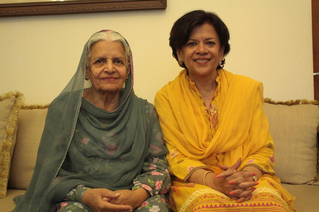 Sitara Fiyaz Ali (left) and her daughter, Shahnaz Akhtar. Photo credit: Aanchal Malhotra