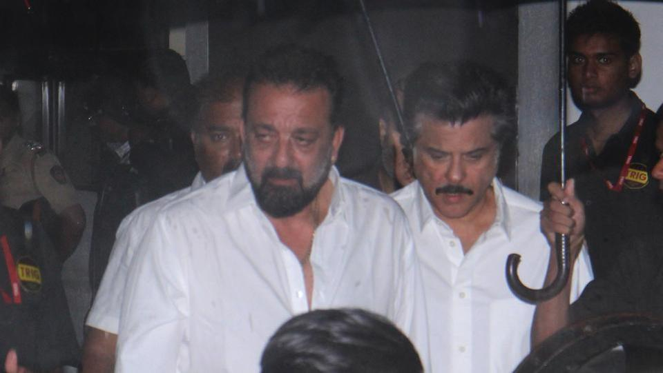 Actors Sanjay Dutt and Anil Kapoor seen at the funeral. (Image credit: HT Photo)