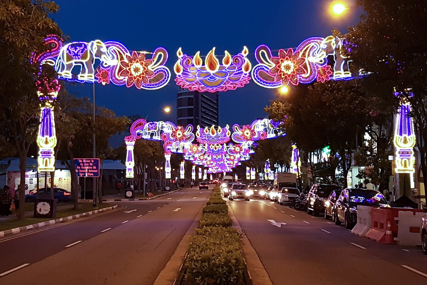 Festive cheer in the lanes of Singapore. (Credit: Land Transport Authority/Facebook)