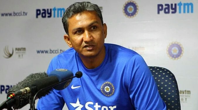 Rahul Dravid has been appointed overseas batting consultant. Where does that leave current batting coach Sanjay Bangar? (Image credit: Twitter)