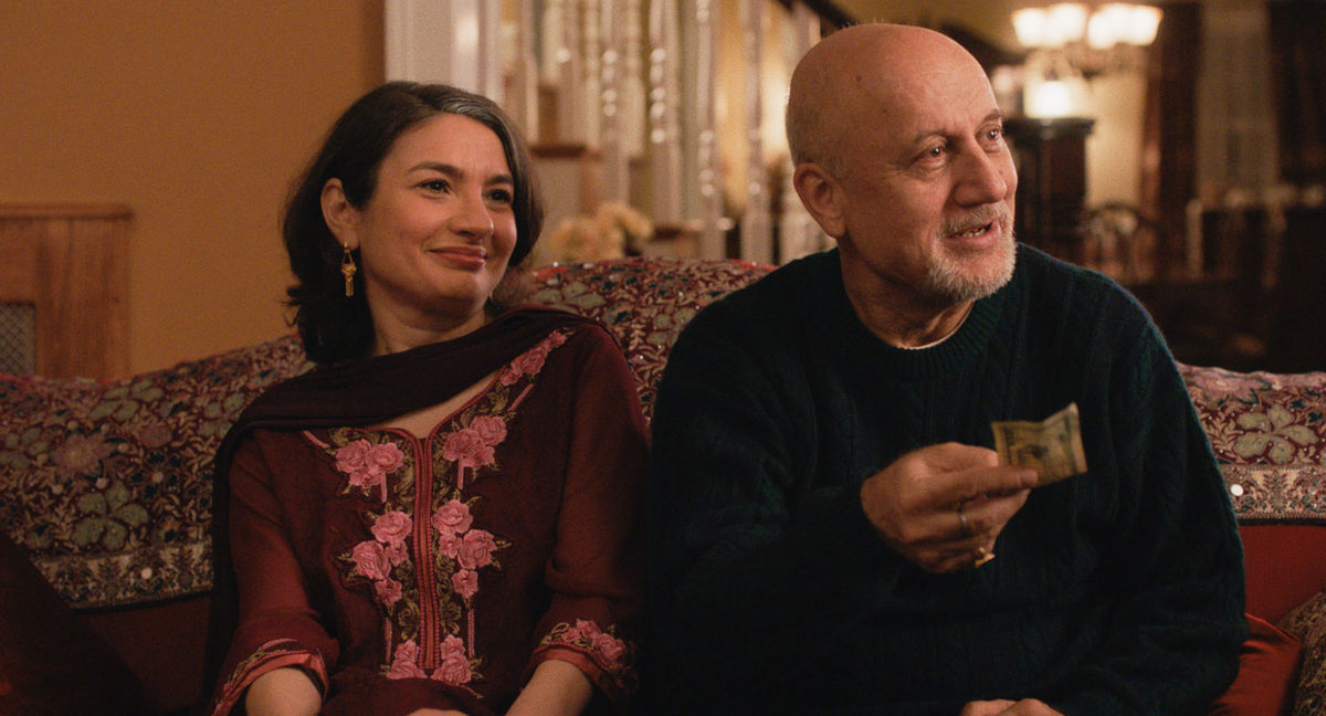 Anupam Kher and Zenobia Shroff in The Big Sick. Image credit: Amazon Studios.