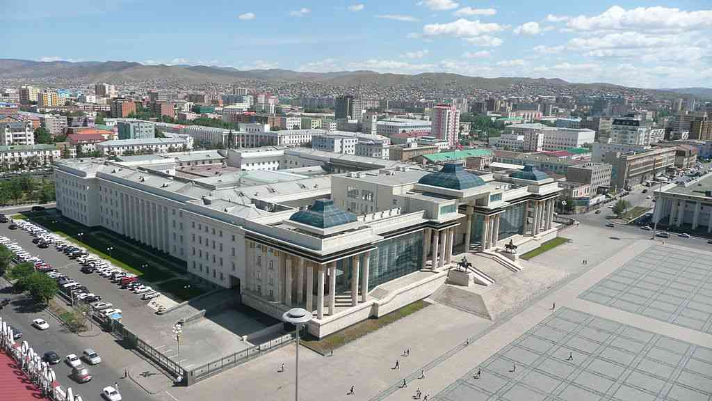The Government Palace in Ulan Bator. Credit: Brücke-Osteuropa [Public domain]