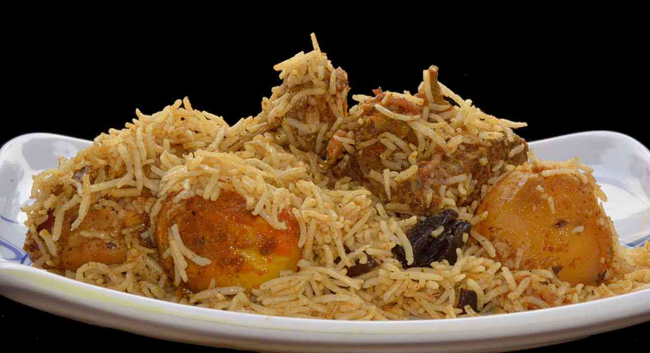 Chicken biryani is the most ordered item in Kolkata. Photo credit: Biswarup Ganguly/Wikimedia Commons [Creative Commons Attribution 3.0 Unported].