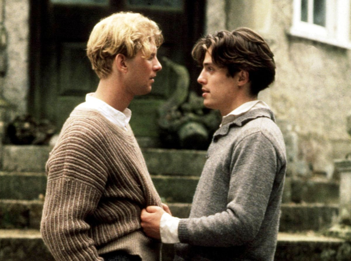 James Wilby (left) and Hugh Grant in Maurice (1987).