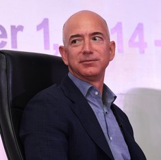 Bill Gates overtakes Amazon CEO Jeff Bezos as world's richest man on real-time billionaire list