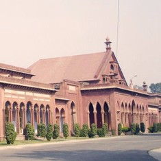 Centre withdraws appeal in SC filed by UPA seeking minority status for Aligarh Muslim University