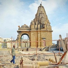 In Karachi, a Hindu temple sealed in the aftermath of Babri demolition is being restored