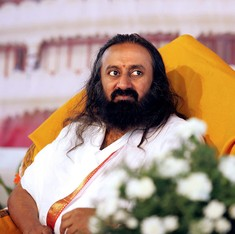 Sri Sri Ravi Shankar claims he tried to end the Islamic State's violent tactics and killings