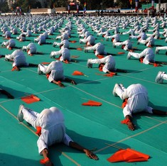 All schools should have an optional yoga course, Centre tells states