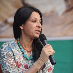 Mallika Sarabhai lashes out at Narendra Modi for not condoling her mother's death