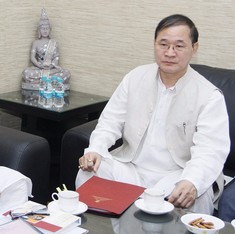Supreme Court paves way for rebel Congress leader to form Arunachal Pradesh government