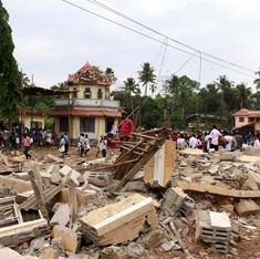 At least 102 killed, more than 380 injured in Kerala temple fire
