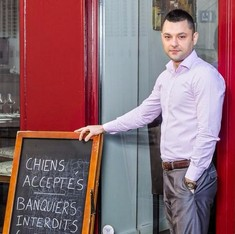 French restaurateur welcomes dogs, but bans bankers from his bistro