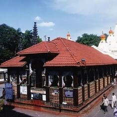 Kolhapur's Mahalaxmi temple allows women into inner sanctum