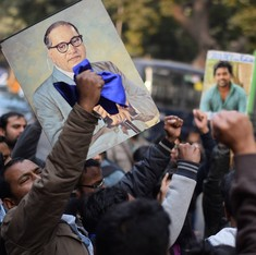 JNU professor attacked by protesters from BJP youth wing in Gwalior