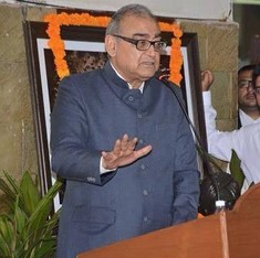 Sedition case filed against Justice Katju for Kashmir-Bihar 'package deal' post on Facebook