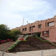 JNU fines 4 office-bearers of students' union for protesting against the compulsory attendance rule