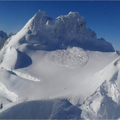 Avalanche hits army patrol party in Siachen, one soldier missing, another dead