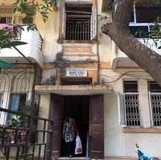 From the Kapoors to the Puris, the famous residents of Mumbai's 'Hollywood Lane'