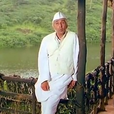 In this first episode of 'Bharat Ek Khoj', Nehru's character quizzes those chanting 'Bharat Mata ki jai' on what the phrase means