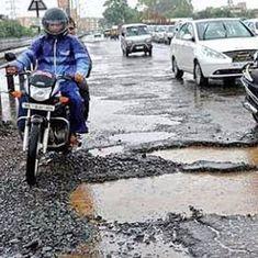 Fix all potholes in Bengaluru within 10 days, says Karnataka Chief Minister Siddaramaiah