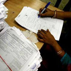 A simpler form for filing income tax returns will be available from April 1