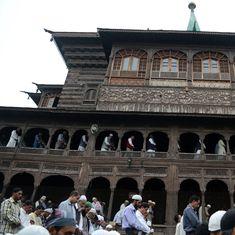 जम्मू-कश्मीर में अल्पसंख्यक दर्जे पर विचार किए जाने सहित आज के अखबारों की प्रमुख सुर्खियां