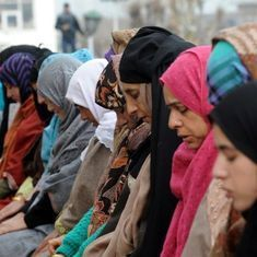As police in Kashmir brace for Eid, advisory asks them to avoid public mosques for prayer