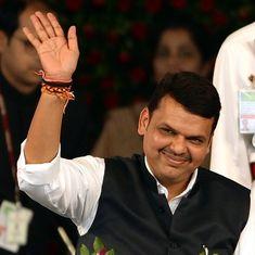 महाराष्ट्र : देवेंद्र फडणवीस का हेलिकॉप्टर उड़ान भरते ही गिरा, मुख्यमंत्री सहित सभी सुरक्षित