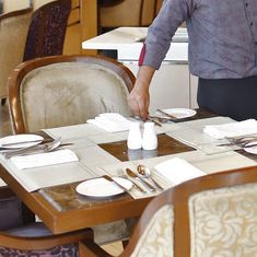 Service charge at restaurants is voluntary, clarifies Centre
