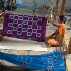 #IWearHandloom: But why India's women weavers don't