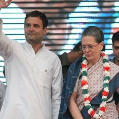Congress chief Sonia Gandhi expected to step aside to make way for Rahul Gandhi by October 15