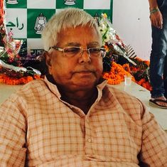Lalu Prasad Yadav suffers minor injuries as dais collapses in Patna