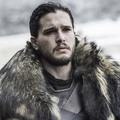 One way 'Game of Thrones' could end : Daenerys wins the Iron Throne and marries Jon Snow