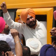 I-T Department seizes two bank accounts of Punjab minister Navjot Sidhu for non-payment of taxes