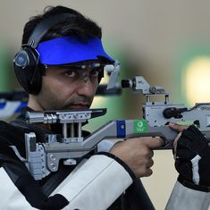 Olympics shooting: Abhinav Bindra qualifies for men's 10m air rifle final, Gagan Narang misses out
