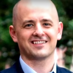 Conservative Evan McMullin begins independent presidential campaign to beat Donald Trump
