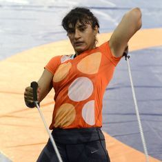 Commonwealth Games: Vinesh Phogat injures herself prior to departure for Gold Coast