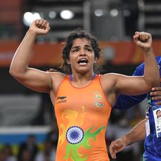 Sakshi Malik stuns world champion Petra Olli to enter Dan Kolov wrestling final