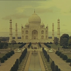 'The most beautiful building in all the world': Visiting the Taj Mahal via internet footage