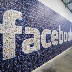 Facebook's algorithms give it more editorial responsibility – not less