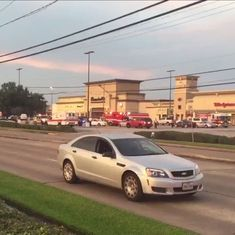 At least six injured in shooting near mall in Houston, Texas