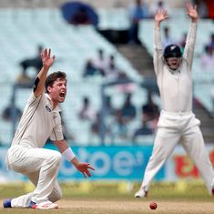 New Zealand bowlers take six wickets, but 222-run lead keeps India ahead