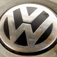Volkswagen emissions scam: US court sentences former engineer to 40 months in prison