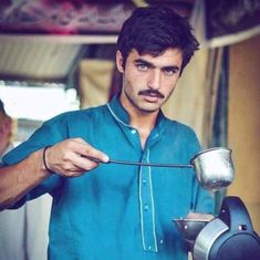 The treatment of Pakistan's chaiwallah is many things – but not 'reverse sexism'