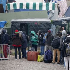 France starts evacuating 7,000 refugees from 'jungle' camp in Calais