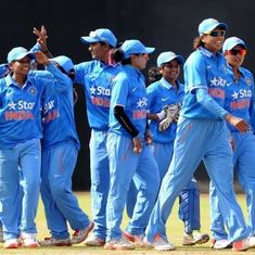 Jhulan Goswami's record-breaking effort sets up 7-wicket win for India women against South Africa