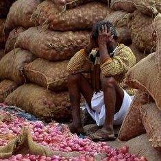 Maharashtra: Onion prices fall 35% in India's largest wholesale market after I-T raids on traders