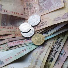 Economic Survey recommends scheme to give every citizen a minimum wage